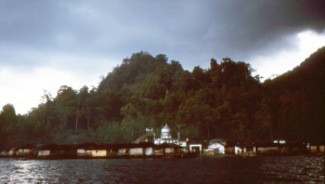 We depart Sawai where the houses are over the water on stilts. Next stop Ambon. Farewell Seram.